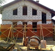 Облицовка стен дома кирпичом