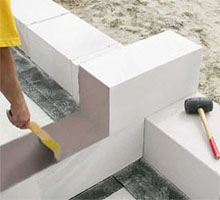Строительство дачных домиков из газобетона или пеноблоков