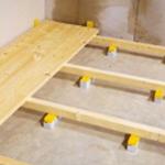 Как крепить лаги к бетонному полу