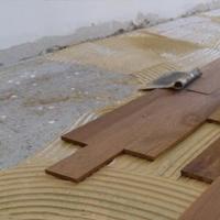 Укладка покрытия клеевым способом