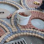 Что входит в стоимость услуги по укладке тротуарной плитки