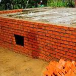 Строим фундамент из кирпича своими силами
