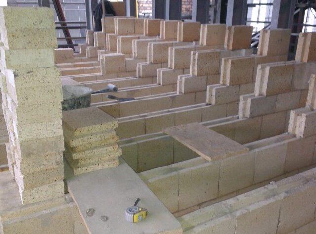 футеровка огнеупорным бетоном